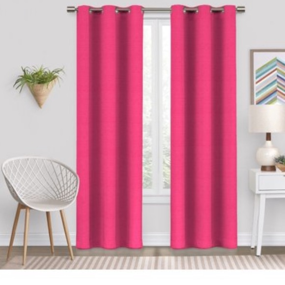 (1) pink curtain